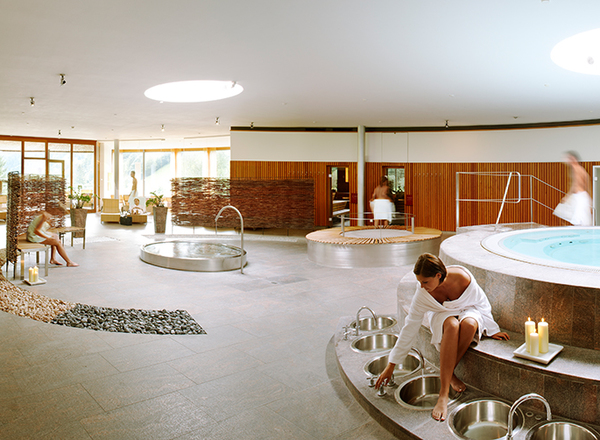 ihr gesundheit wellness hotel in vorarlberg gesundhotel bad reuthe. Black Bedroom Furniture Sets. Home Design Ideas